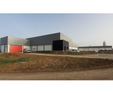 La Charcuterie du Moulin quitte son site historique et triple sa capacité de production (sources : OUEST FRANCE/LE MAINE LIBRE)